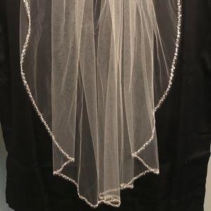 Bridal Elbow Length Ivory Veil with Beaded Edge